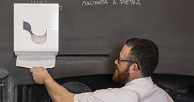 Omnia Labor innovatív ipari papírtörlő adagoló rendszer